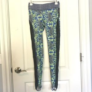 Maaji elephant tribal print leggings